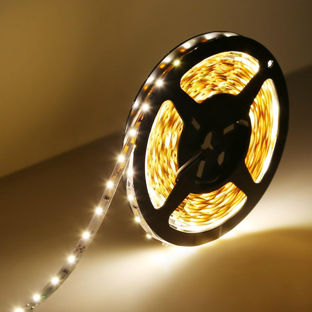 12V LED Lichtleiste, 300 3528 SMD Leds, Warmweiß, Non-Wasserdicht, 5M, indirekte Beleuchtung
