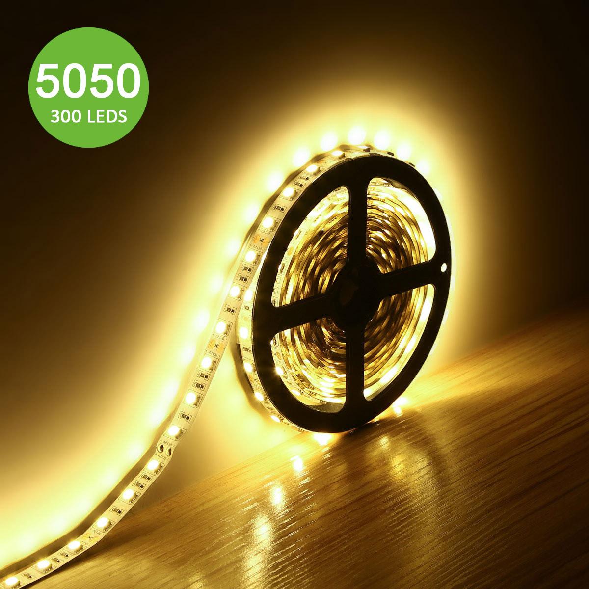 12V LED Strips, 720 lm/Meter, Warmweiß, 300 Stück 5050 SMD, Non-wasserdicht, 5M